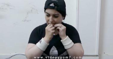 فيديو قوة خارقة فى جسد امرأة جميلة ريمى تخلت عن أنوثتها لاستعراض قوتها