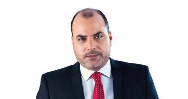 الكاتب الصحفى الكبير ياسر رزق مع محمد الباز وثالثهما  الأستاذ هيكل فى 90 دقيقة.. الليلة