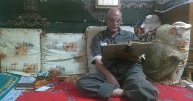 """عم صلاح 30 سنة خدمة لـ""""إطعام الطعام"""".. يقدم وجبتين يوميا لرواد السيدة زينب"""