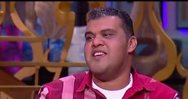 """أحمد فتحى يواصل بروفات مسرحية هنيدى.. ويستعد لتصوير """"نادى الرجال السرى"""""""