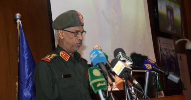 وزير الدفاع السودانى يؤكد أهمية تعزيز الروابط والعلاقات الثنائية مع مصر