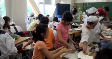 التلاميذ فى مدارس اليابان