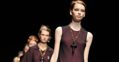"""صور.. الحقائب تكمل أناقة مجموعة دار أزياء """"ماركو دى"""" بأسبوع الموضة فى ميلانو"""