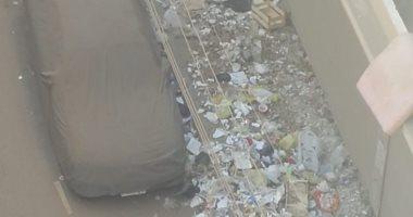 قارئ يشكو من انتشار القمامة بجوار مترو أنفاق المطرية