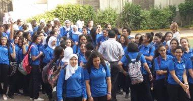 حضور مكثف من الطلاب فى أول أيام الدراسة