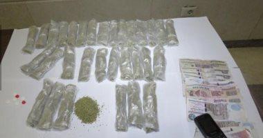 ضبط 5 تجار مخدرات خلال حملات مكبرة على مراكز وقرى محافظة قنا