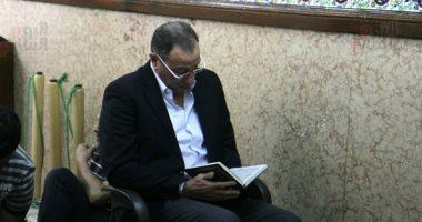الخطيب وحمدى والدرندلى وقنديل ونجوم الأهلى يشيعون جنازة عادل هيكل.. صور