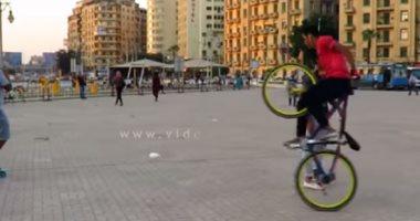فيديو.. هذا ما حدث فى قلب ميدان التحرير.. عرض خطير بالعجل