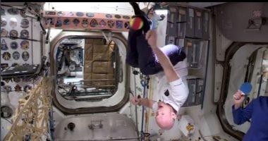 أول مباراة تنس فى الفضاء