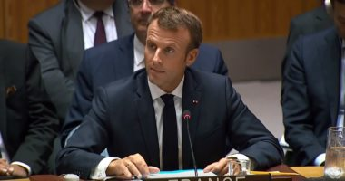 ماكرون يطالب المجلس العسكري في مالي بإعادة السلطة للمدنيين بسرعة