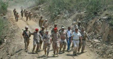 نائب الرئيس اليمنى يتوعد الحوثيين من داخل جبهة مران بصعدة