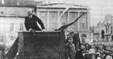 كيف انتشر الأدب الساخر فى روسيا؟.. المقاومة بالضحك ضد كآبة الثورة الدموية