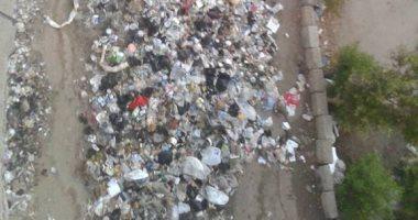 قارئ يشكو من انتشار القمامة بمساكن النهضة العبد بمنطقة العبور