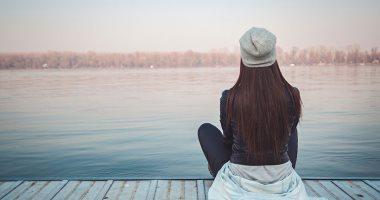 حاسس برغبة فى الانعزال وصعوبة فى التركيز ..ممكن تكون مصاب باكتئاب الخريف
