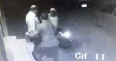 حبس المتهمين بسرقة خزنتين بداخلهما 35 ألف جنيها من مكتب بالموسكى