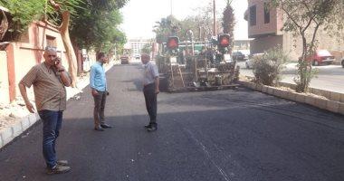 مجلس مدينة الأقصر ينتهى من رصف الجهة الغربية بشارع خالد بن الوليد السياحى
