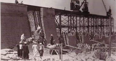 شاهد.. 20 صورة نادرة لبناء خزان أسوان عام 1899
