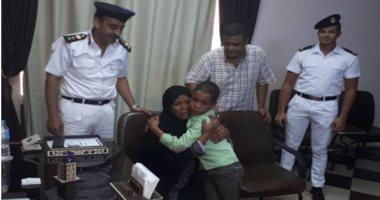 أسرة طفل قنا تقدم الشكر لأمن الأقصر بعد إعادته