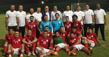 """المنتخب الأولمبي بـ""""الأبيض والأسود"""" أمام الإمارات"""