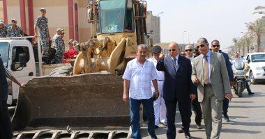 محافظ القاهرة يقود حملة لتطهير عشوائيات الحى العاشر بمدينة نصر