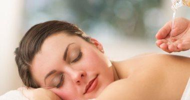فوائد مساج الجسم عديدة منها تسكين آلام الظهر