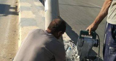 """استبدال عمود إنارة مائل بكورنيش النيل ببنى سويف استجابة لـ""""اليوم السابع"""""""
