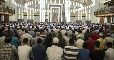 """خطباء الأوقاف يدعون للحافظ على الوطن.. ويؤكدون: """"من شمائل الإيمان"""""""
