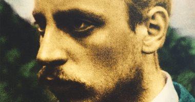قبل أن تقرأ رسائل شاعر ألمانيا الأعظم لضابط شاب.. من هو راينر ماريا ريلكه؟