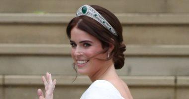 فيديو.. 3 مشاهد تجذب أنظار العالم لحفل زفاف حفيدة الملكة إليزابيث بلندن