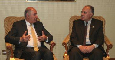 """وزير الرى يلتقى عددا من الشخصيات المهمة على هامش """"أسبوع القاهرة الأول للمياه"""""""