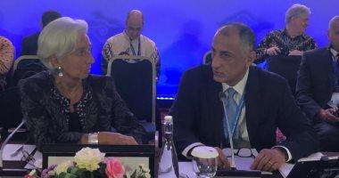 طارق عامر يطالب بعودة الأموال المهربة بطرق غير شرعية من الدول الإفريقية