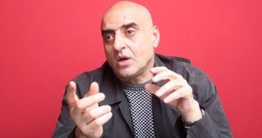 عزمى مجاهد يكشف تفاصيل مكالمته مع محمود سعد داخل مستشفى العزل
