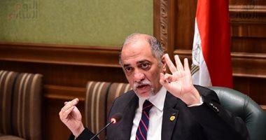"""زعيم أغلبية البرلمان يكشف لـ""""خالد أبو بكر"""" تفاصيل مشروع """"الشيوخ"""" وتعديلات """"النواب"""""""
