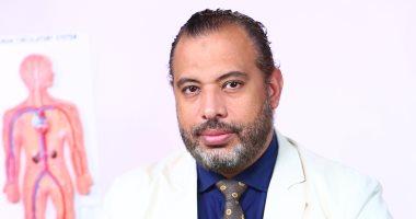 كيف تنقص 35 كيلو من وزنك × 6 شهور بواسطة بالون المعدة.. دكتور أحمد السبكى يجيب