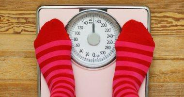لو بتعمل دايت ومبتخسش.. 5 مشاكل صحية وراء زيادة وزنك