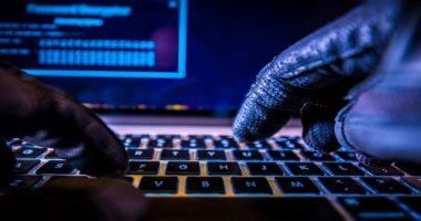 """تعرف على عقوبة """"الطابور الخامس"""" بالحكومة فى قانون الجرائم الإلكترونية"""