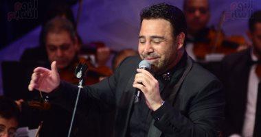 عاصى الحلانى يشدو بأجمل أغانيه بمهرجان الموسيقى العربية بدار الأوبرا