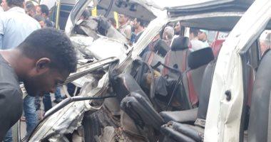 النيابة تستعلم عن حالة المصابين فى حادث تصادم سيارتين فى الصف