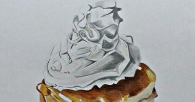 """""""أميرة سالم"""" تشارك برسومات ولوحات فنية تظهر موهبتها"""