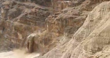 فيديو.. الفيضان يضرب إسرائيل وتعرض 4 سياح أجانب للغرق