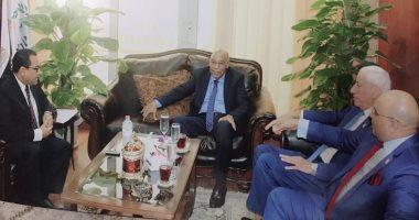 صور.. رئيس قضايا الدولة يزور وزير المالية