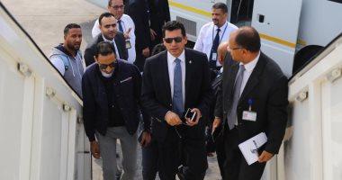 صور.. وزير الرياضة يغادر إلى تونس لمؤازرة الأهلي أمام الترجى فى رادس