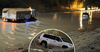 شاهد.. فيضانات عارمة وأمطار غزيرة فى الكويت