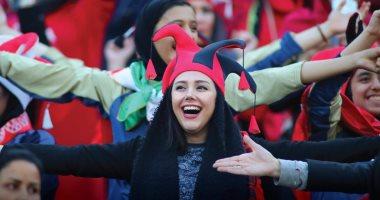 حضور 1000 امرأة مباراة كرة قدم فى إيران
