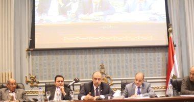 صور.. رئيس لجنة الزراعة والرى بالبرلمان: القيادة السياسية تولى اهتماما بالفلاح