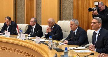 صور.. عبد العال يلتقى رئيسى غرفتى برلمان بيلاروسيا ويوقع اتفاقية تعاون