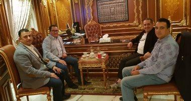 صور.. سفير كازاخستان بالقاهرة يشيد بصناعة الأثاث المصرى