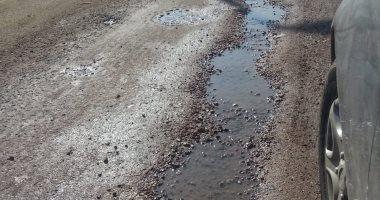 قارئ يشكو تهالك الطريق بالمنطقة الثانية بمدينة السادات