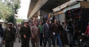 مدير أمن سوهاج يقود حملة مرافق مكبرة لرفع الإشغالات من شوارع طهطا