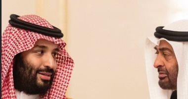 فيديو.. ولى العهد السعودى برفقة الشيخ محمد بن زايد فى مطعم بالرياض